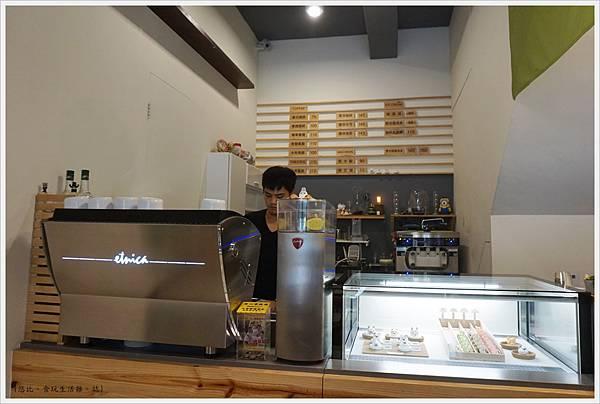 森淇淋-櫃台-1.JPG