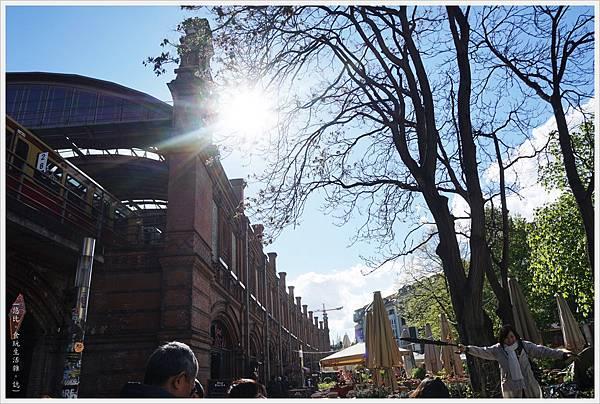 柏林-市區-5-哈克市場站.JPG