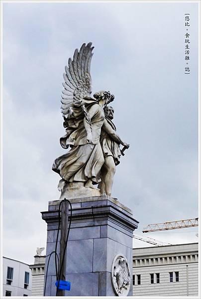 柏林-市區-18-宮殿橋.JPG