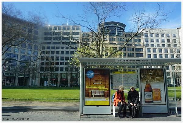 柏林-市區-40-波茨坦廣場站.JPG