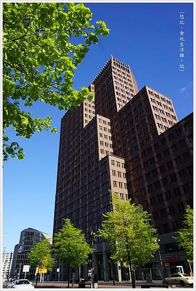 柏林-市區-47-科爾霍夫塔.JPG