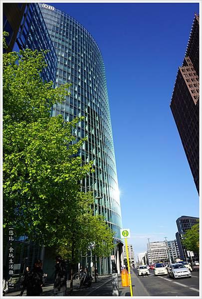 柏林-市區-49-DB大樓.JPG
