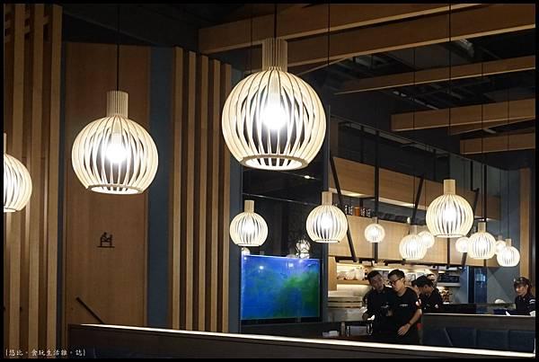 魚鮮會社 竹北-店內-4.JPG