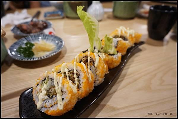 魚鮮會社 竹北-軟殼蟹壽司-1.JPG