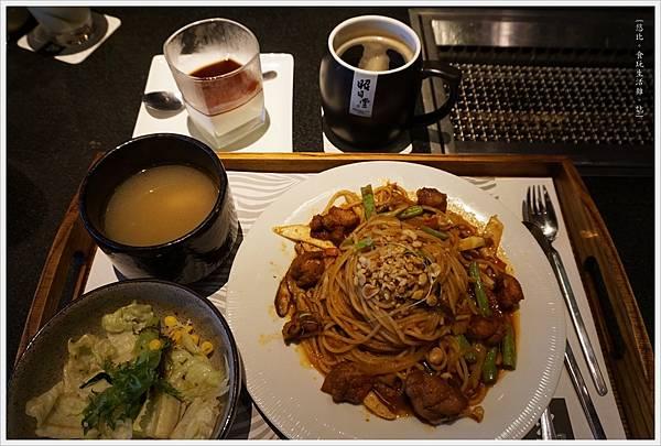 昭日堂-午間套餐-泰式酸辣雞肉直麵-4.JPG