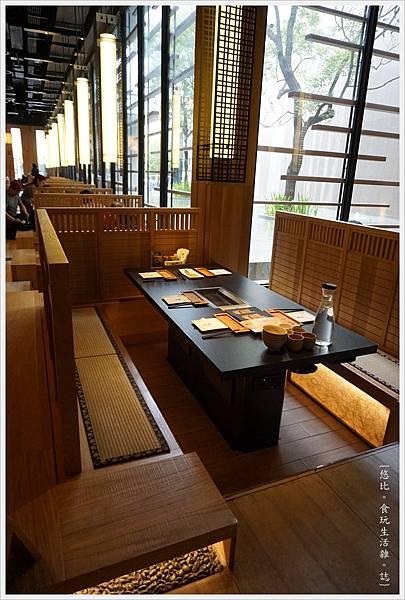 昭日堂-座位區-3.JPG