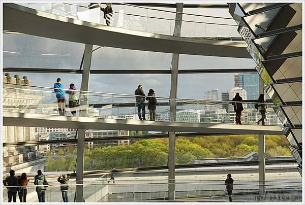 柏林-德國國會大廈-27-公園.JPG