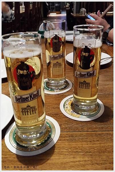 柏林-Hopfingerbrau im Palais-13-啤酒.jpg