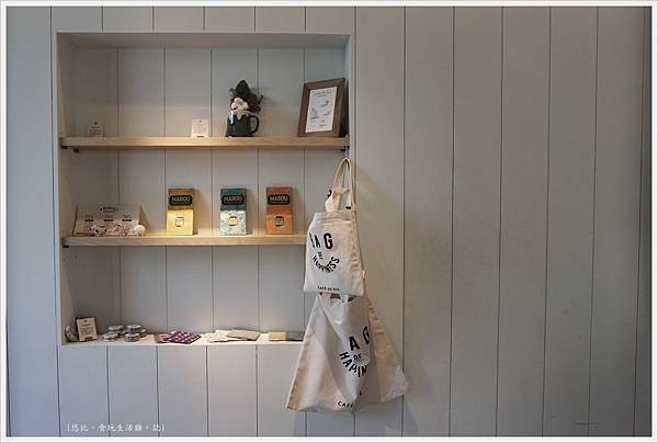 Cafe de RIZ-8-店內擺飾.JPG