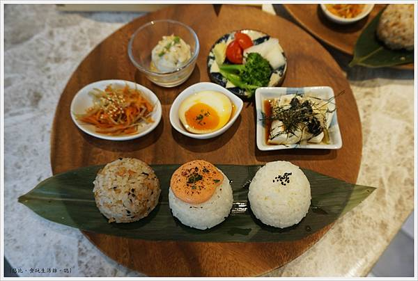 Cafe de RIZ-35-米飯圓圓飯糰餐(日本宮城明太子).JPG