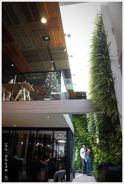 木門咖啡-16-2-植物牆.JPG