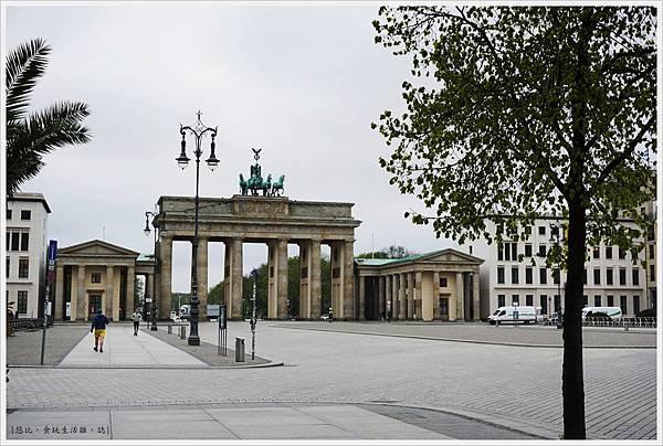 柏林-布蘭登堡門-9-白天.JPG
