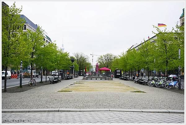 柏林-布蘭登堡門-12-白天.JPG