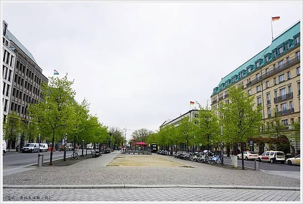 柏林-布蘭登堡門-13-白天.JPG
