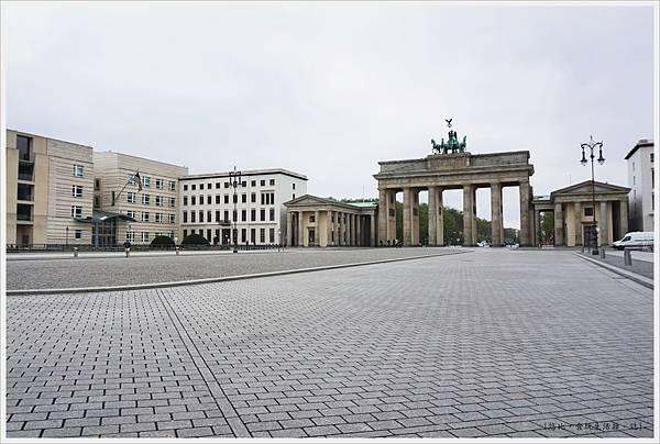 柏林-布蘭登堡門-14-白天.JPG