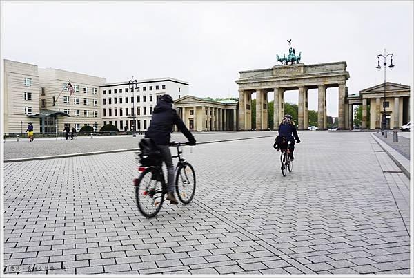 柏林-布蘭登堡門-15-白天.JPG