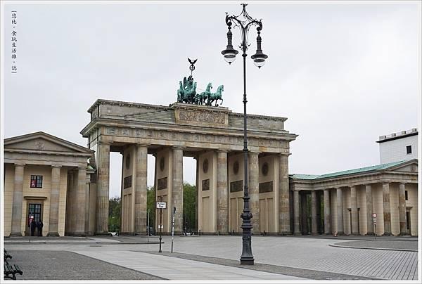 柏林-布蘭登堡門-18-白天.JPG