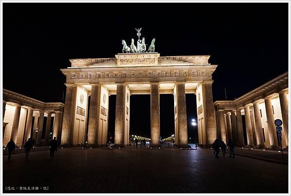 柏林-布蘭登堡門-夜景-3.JPG
