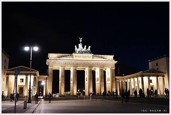 柏林-布蘭登堡門-夜景-7.JPG