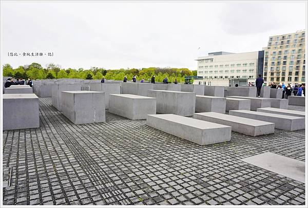 歐洲被害猶太人紀念碑-1.JPG