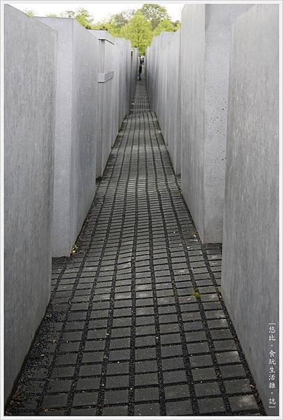 歐洲被害猶太人紀念碑-10.JPG