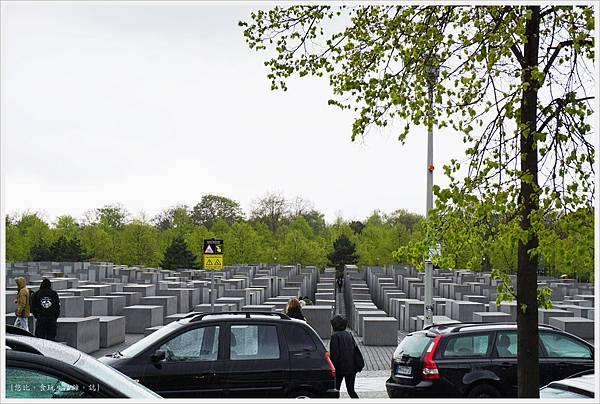 歐洲被害猶太人紀念碑-17.JPG