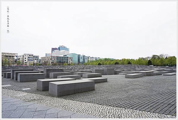 歐洲被害猶太人紀念碑-19.JPG