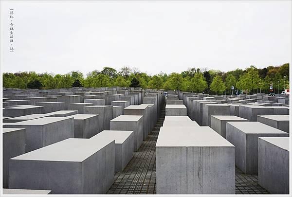 歐洲被害猶太人紀念碑-21.JPG