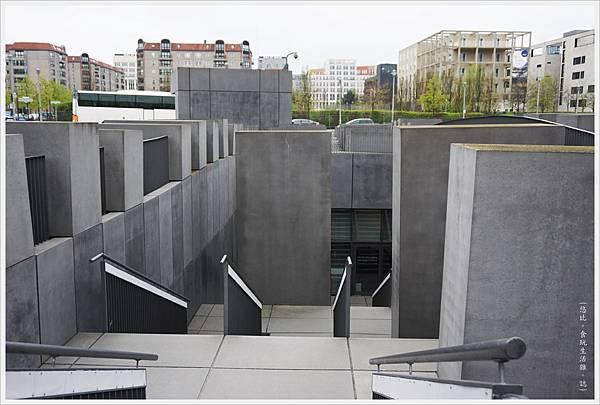 歐洲被害猶太人紀念碑-24.JPG