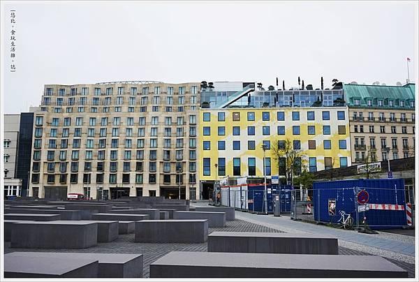 歐洲被害猶太人紀念碑-25.JPG