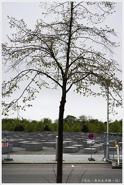 歐洲被害猶太人紀念碑-29.JPG