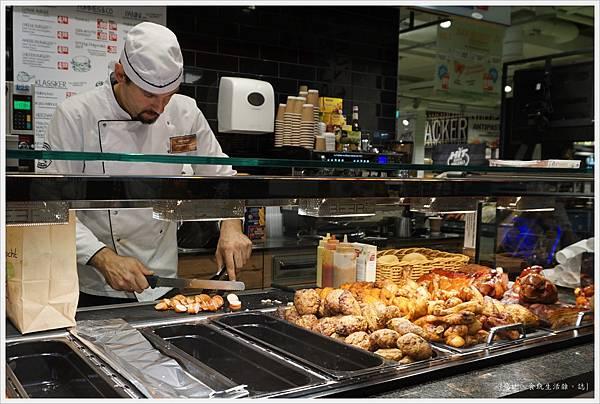 HIT超市-14-熱食區.JPG
