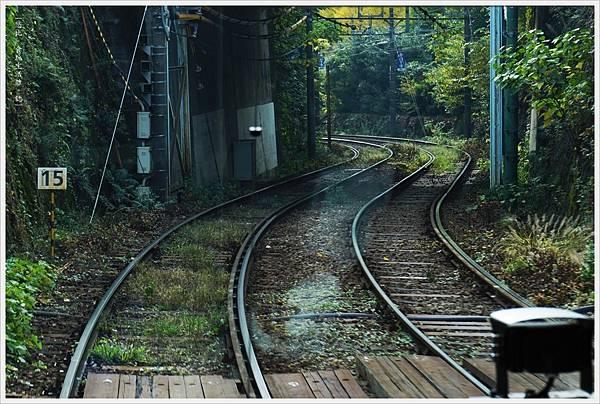 荒川線-6-鐵軌.JPG