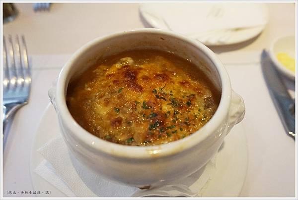 雅室牛排-牛排館起司洋蔥湯 -1.JPG