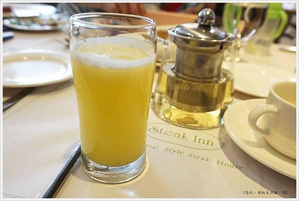 雅室牛排-季節果汁-1.JPG