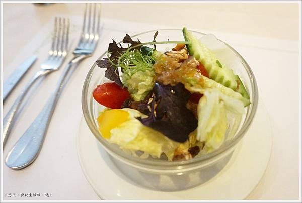 雅室牛排-商業午餐-沙拉.JPG