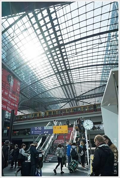 柏林火車站-7.JPG