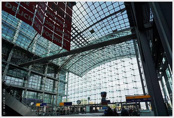 柏林火車站-16.JPG