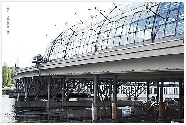 柏林火車站-33.JPG
