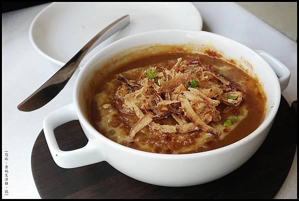 席樂法式料理-法式傳統焗烤洋蔥湯-4.jpg