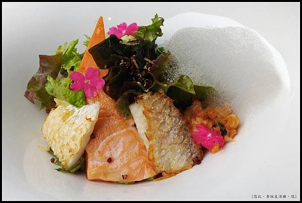 席樂法式料理-微煎海鮮沙拉-2.JPG