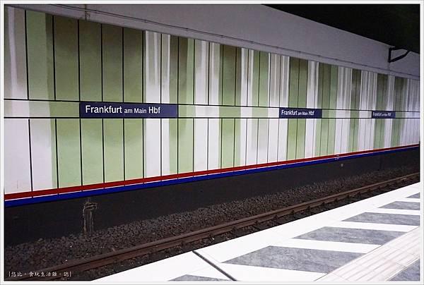 法蘭克福-車站-1.JPG