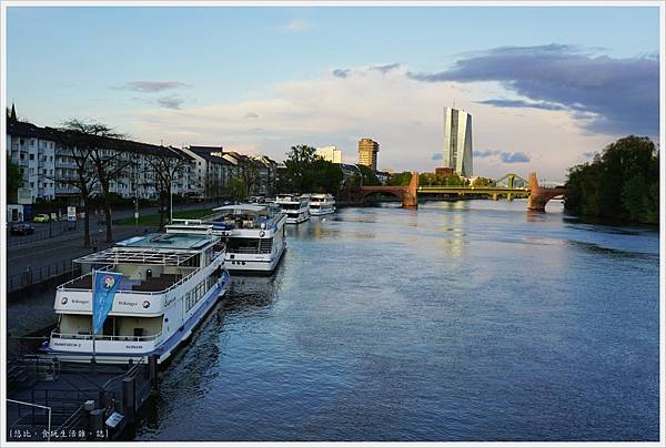 法蘭克福-美茵河畔-4.JPG