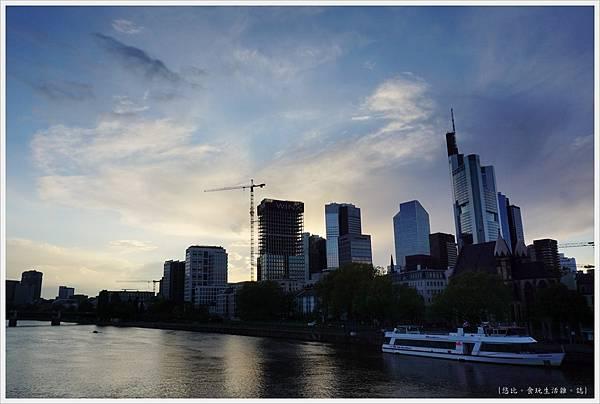 法蘭克福-美茵河畔-11.JPG