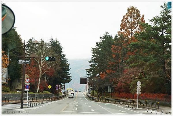河口湖-巴士-3-往河口湖大橋.JPG