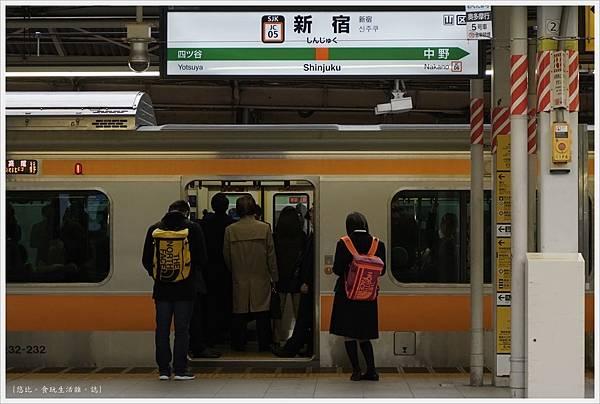 河口湖-新宿車站-1.JPG