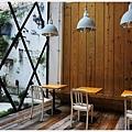 隔壁咖啡-一樓-1.JPG