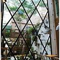 隔壁咖啡-一樓-2.JPG