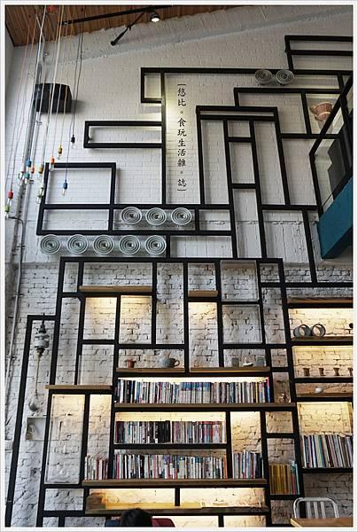 隔壁咖啡-一樓-2F-1.JPG