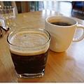 隔壁咖啡-附餐飲料.JPG